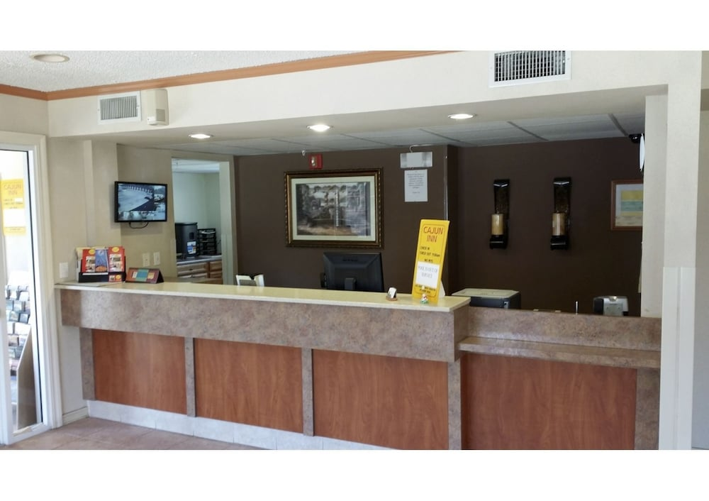 pleasing home design center shreveport. Hotel Front Featured Image Interior Entrance  Cajun Inn 2018 Room Prices Deals Reviews Expedia