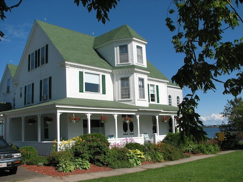 Great Place to stay Le Vieux Presbytere Bouctouche near Bouctouche