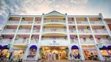 The Lilac Tree Suites & Spa - Mackinac Island Hotels