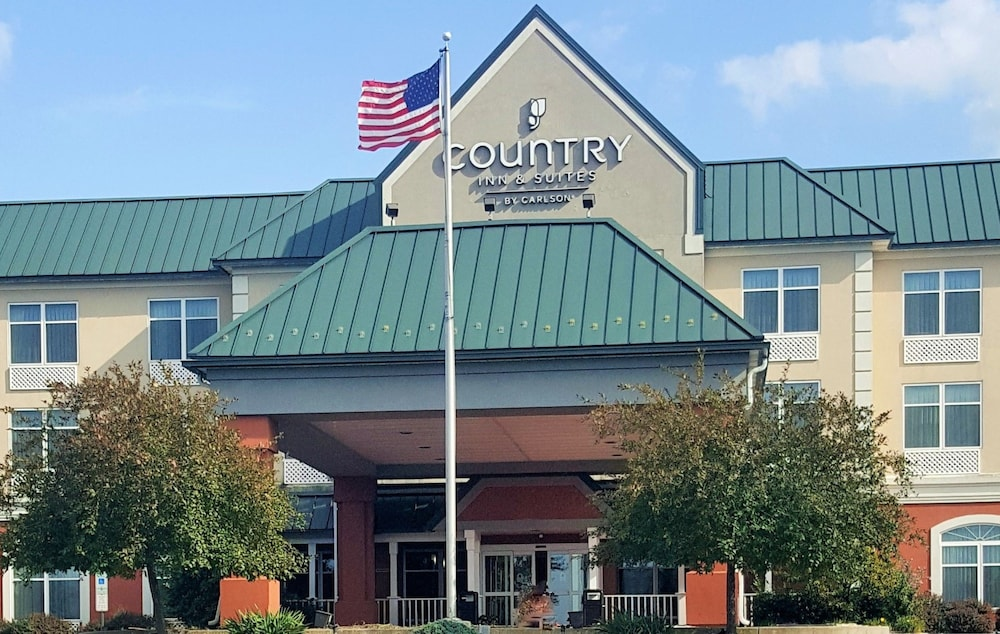 Front of Property, Country Inn & Suites by Radisson, Harrisburg West, PA