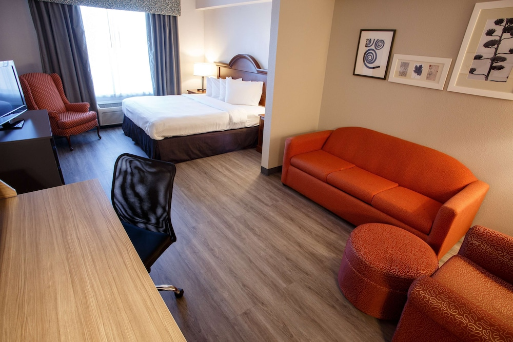 Room, Country Inn & Suites by Radisson, Harrisburg West, PA