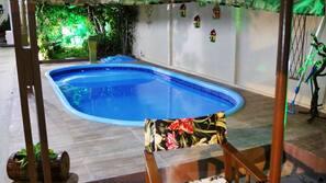 Piscina externa, piscina natural