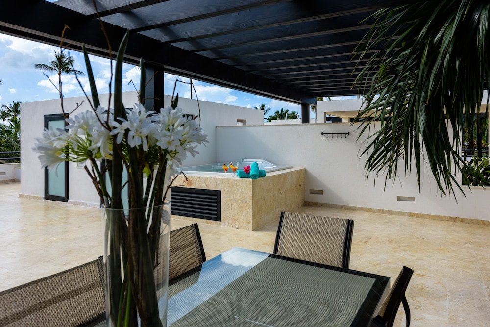 Terrace/Patio, Aligio Aparthotel & Spa