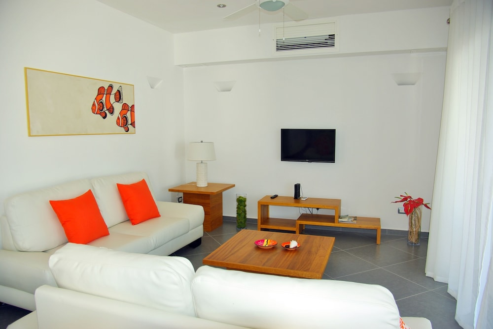 Living Area, Aligio Aparthotel & Spa