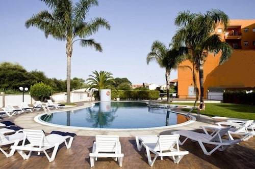 Featured Image, Hotel Los Naranjos