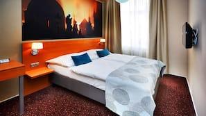 Minibar, una cassaforte in camera, una scrivania, ferro/asse da stiro