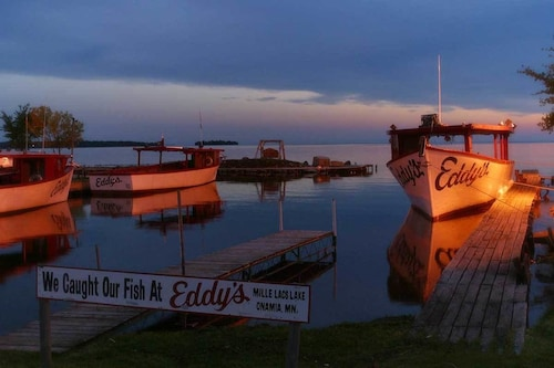 Great Place to stay Eddy's Resort near Onamia