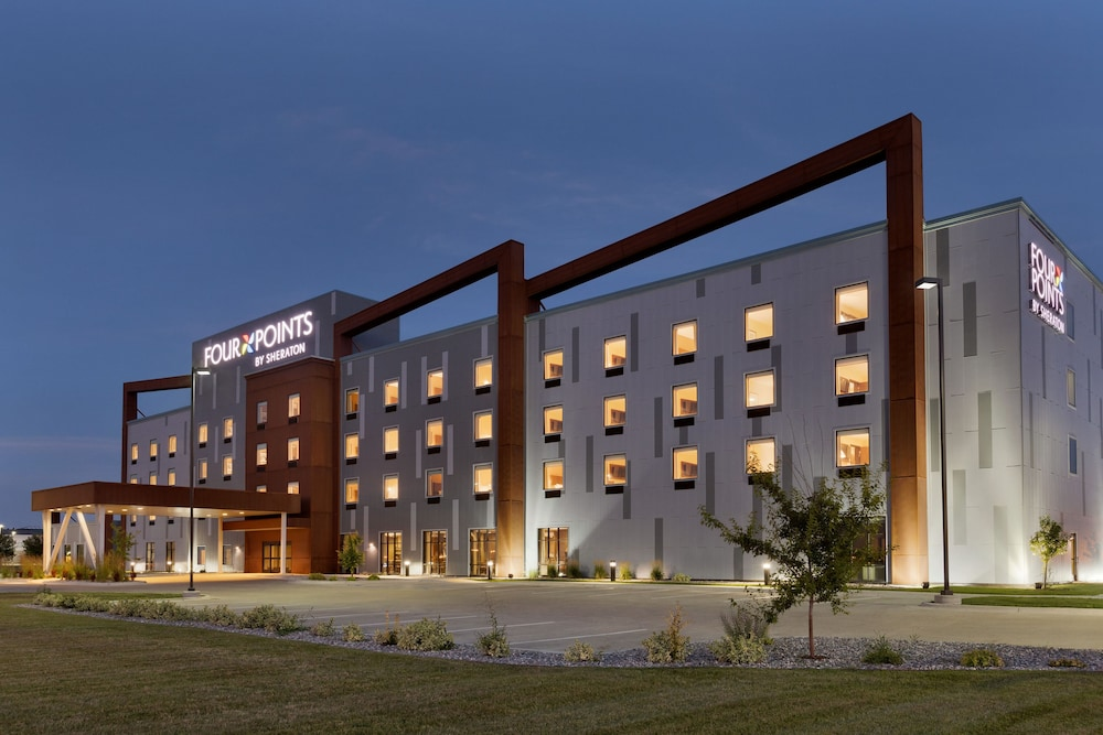 Exterior, Four Points by Sheraton Fargo Medical Center