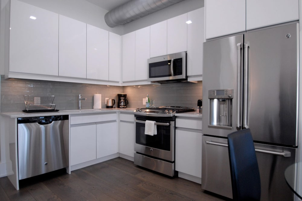 Private Kitchen, Dharma Home Suites Hoboken at Novia