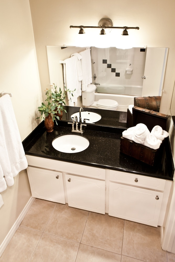 Bathroom Sink, Beachwalk Villas