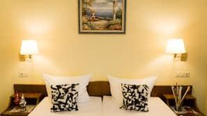 Zimmersafe, individuell dekoriert, schallisolierte Zimmer