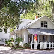 Mount Dora Cottages