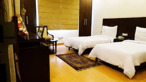Premium bedding, free minibar, in-room safe, iron/ironing board