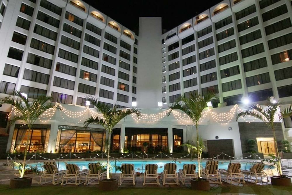 Regent Plaza Hotel & Convention Center in Karachi | Hotel Rates