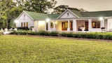Nut Grove Manor - White River Hotels