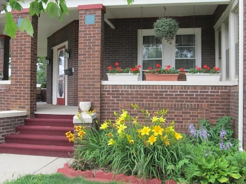 Check Expedia for Availability of Streator's Baldwin House