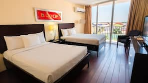 1 slaapkamer, luxe beddengoed, een kluis op de kamer, een bureau