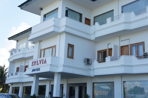 실비아 호텔 마우메르