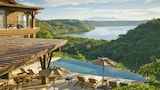 Papagayo Luxury - Papagayo Hotels