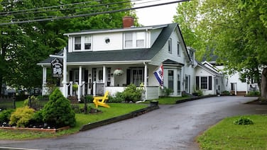 Farmhouse Inn B&B
