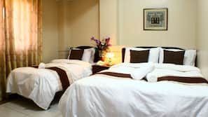 Premium bedding, in-room safe, desk, free WiFi