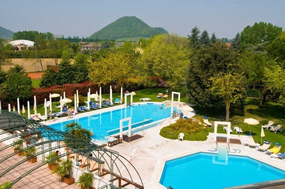 Hotel terme orvieto 2019 room prices deals reviews expedia for Hotels in orvieto with swimming pool
