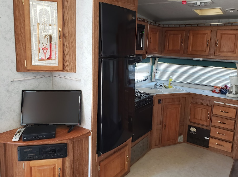 Private Kitchenette, Freedom Acres Lifestyle (Swinger) Resorts - Adults Only