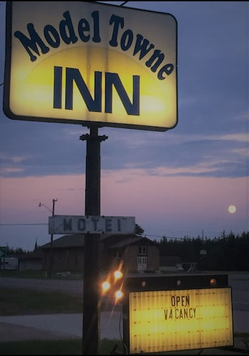 Check Expedia for Availability of Model Towne Inn