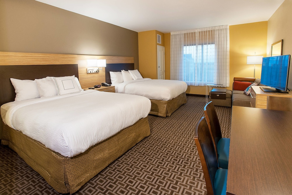 Room, TownePlace Suites Minneapolis near Mall of America