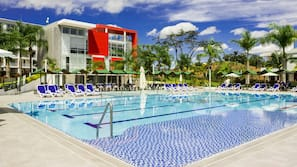 Outdoor pool, open 9:30 AM to 9:30 PM, pool loungers