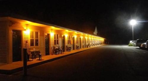 Check Expedia for Availability of Sea Esta Motel II