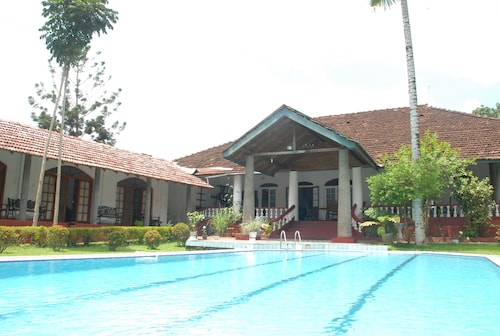 The Bungalow at Pantiya Estate