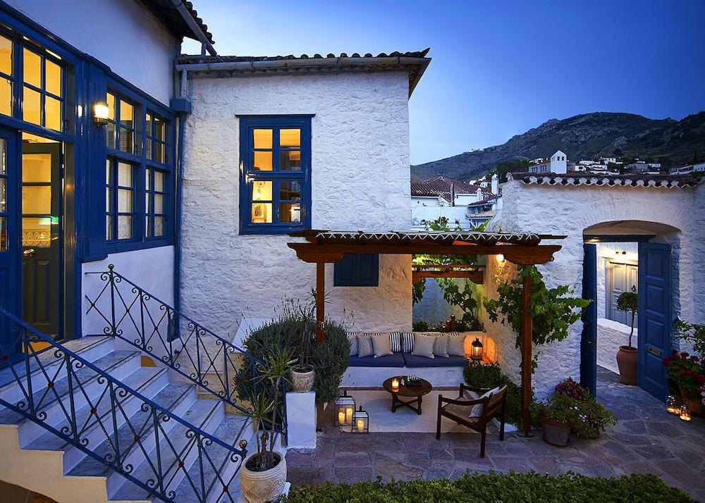 orloff resort hotel hydra aiguebelle