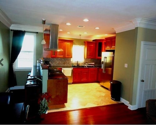 Great Place to stay Choo Choo Lofts, 3 br, 2 bath, Full Kitchen - Lafayette, LA near Lafayette