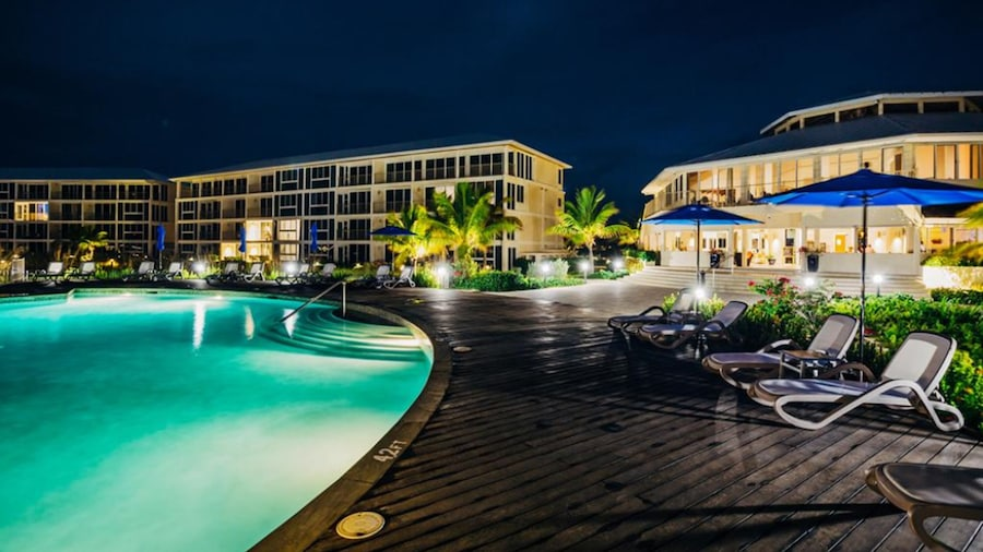 East Bay Resort - All Beachfront Suites - Island hop required