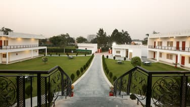 Aapno Ghar Resort