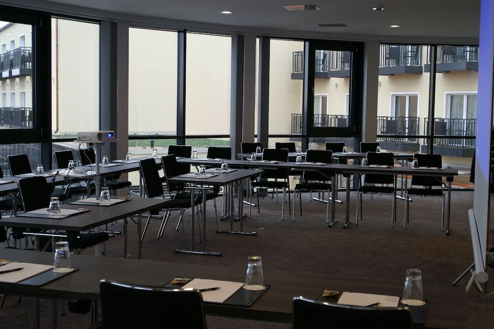 Vital Hotel Frankfurt Check In