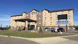 Meridian Inn & Suites - Lloydminster Hotels