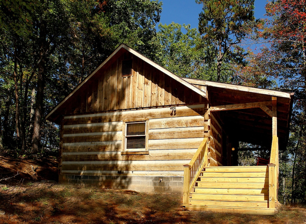 Affordable cabins in the smokies deals reviews for Deals cabins gatlinburg tn