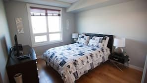 2 bedrooms, pillowtop beds, cribs/infant beds, free WiFi