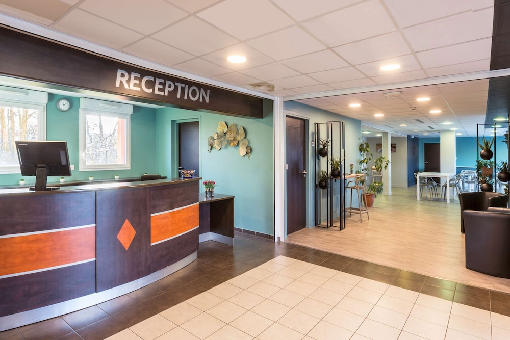Lobby, Sure Hotel by Best Western Saint-Amand-Les-Eaux