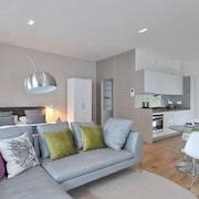 Destiny Scotland - St. Andrew Square Apartments