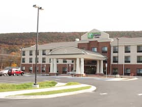 Holiday Inn Express & Suites La Vale - Cumberland, an IHG Hotel