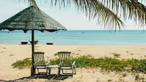 白沙、免費海灘接駁車、免費海灘小屋、躺椅