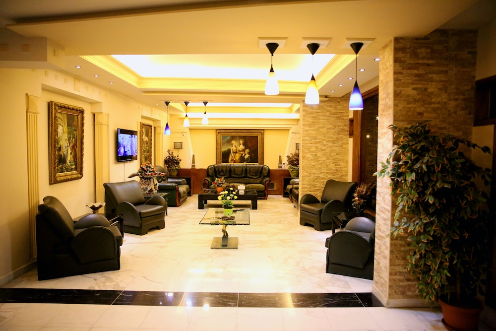 Lobby Sitting Area, Vista Del Mar Hotel