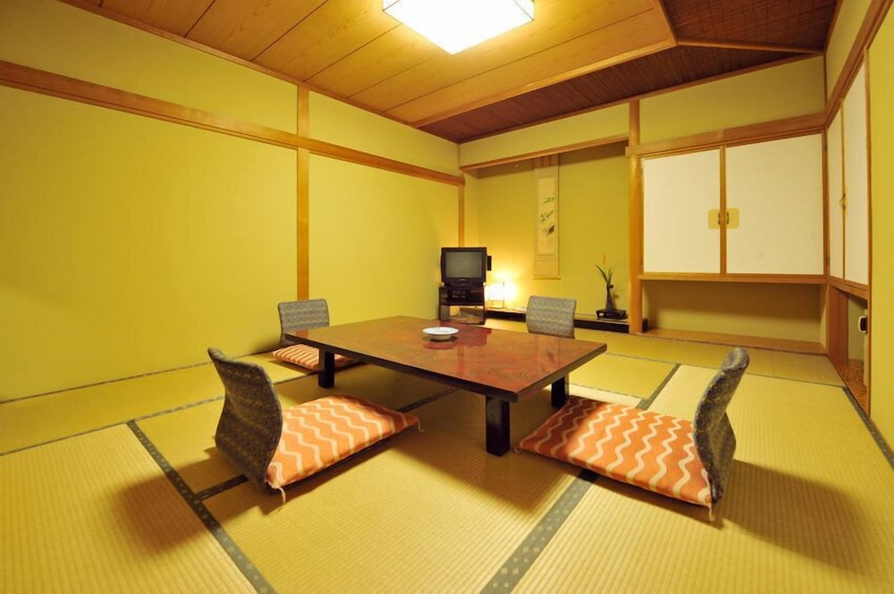 Featured Image, Nakayasu Ryokan