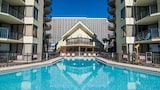 Sunbird Suites by Royal American Beach Getaways - Panama City Beach Hotels