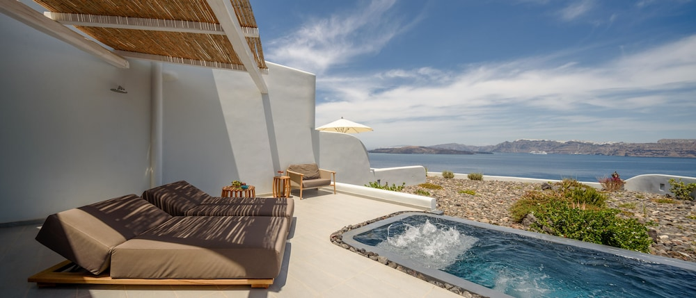 Private Pool, Neptune Luxury Spa Suites