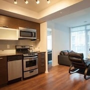 Elite Suites - Queen West offered by Short Term Stays