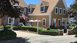Bayberry Accommodations - Provincetown Hotels